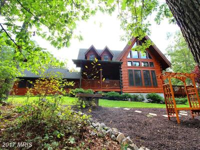 Hedgesville Single Family Home For Sale: 82 Sabrina Lane