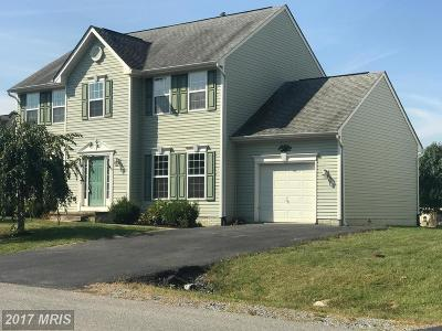 Martinsburg Single Family Home For Sale: 145 Hook Drive