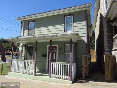 Martinsburg WV Single Family Home For Sale: $79,900