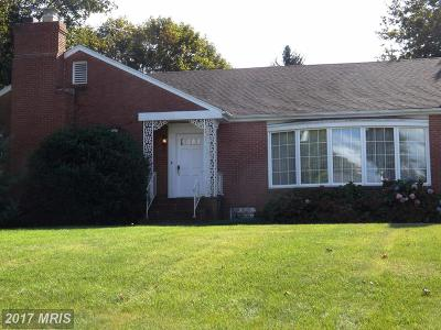 Martinsburg Single Family Home For Sale: 1605 King Street W