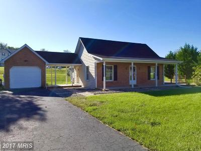 Martinsburg WV Single Family Home For Sale: $170,000