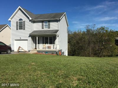 Martinsburg WV Single Family Home For Sale: $150,000