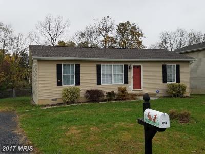 Martinsburg WV Single Family Home For Sale: $130,000