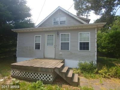 Lusby Single Family Home For Sale: 765 Cove Point Road