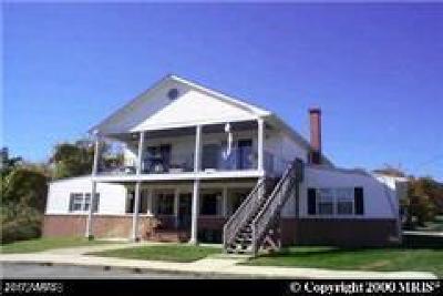 Rental For Rent: 8420 D Street