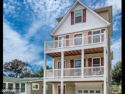 Chesapeake Beach Single Family Home For Sale: 8229 Bayside Road
