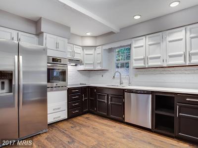 Calvert Single Family Home For Sale: 2631 Dogwood Lane