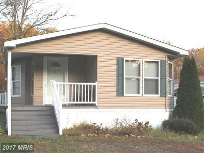 Elkton Single Family Home For Sale: 73 Pleasant Hill Drive