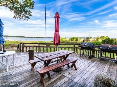 Single Family Home For Sale: 40 Lower Beach Drive