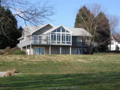 Elkton MD St Johns Manor Elk River Waterfront: $799,000