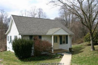 Elkton MD Single Family Home Great Property: $184,900