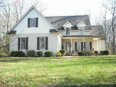 Earleville MD Water Access Home for Sale at 322 Hazelmoor Dr in the Waterfront Community of Hazelmore on the Chesapeake Bay