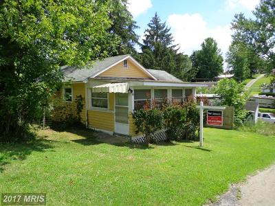 Cecil Single Family Home For Sale: 10 Beechwood Street