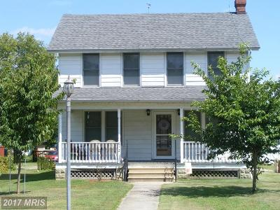 Perryville Multi Family Home For Sale: 612 Aiken Avenue