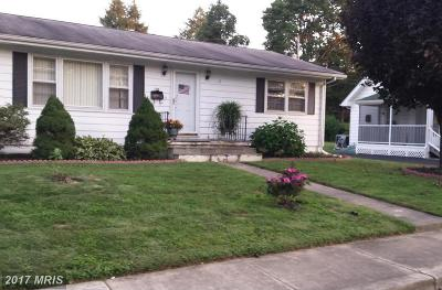 Single Family Home For Sale: 118 Mitchell Street