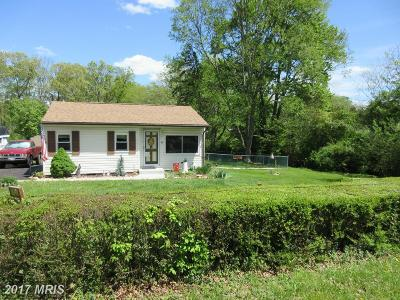 Elkton Single Family Home For Sale: 92 Middle Road
