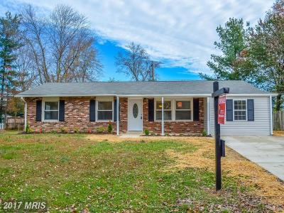 Waldorf Single Family Home For Sale: 906 Fowler Court