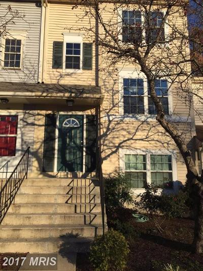 Charles Townhouse For Sale: 61 Riverside Run Drive