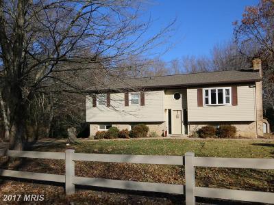 Waldorf Single Family Home For Sale: 4835 Quade Circle