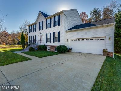 Waldorf Single Family Home For Sale: 2316 Knotweed Court