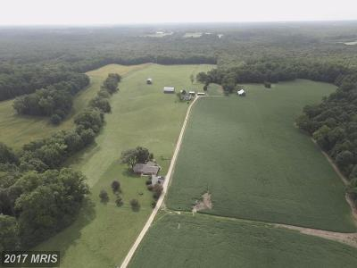 Waldorf Farm For Sale: 13795 Hemming Place