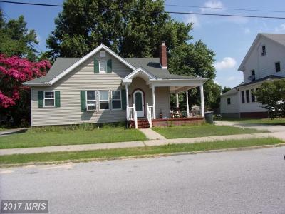 Caroline Single Family Home For Sale: 307 Central Avenue W