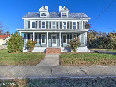 Single Family Home For Sale: 115 Central Avenue W
