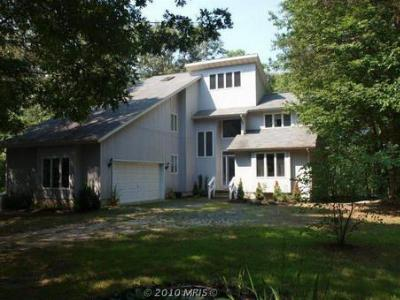 Greensboro MD Waterfront Home for Sale on th e Upper Choptank River at 10230 Overlook Dr