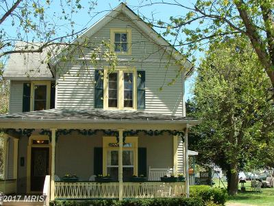 Ridgely Single Family Home For Sale: 306 Maple Avenue