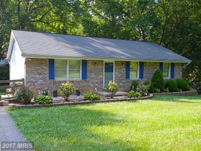 Sykesville Single Family Home For Sale: 6402 Oak Hill Drive
