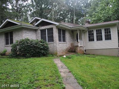 Manchester Single Family Home For Sale: 3652 Schneider Lane