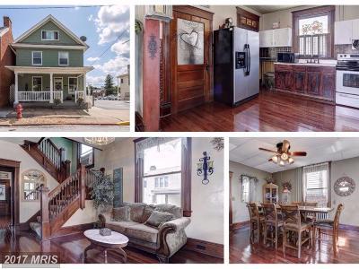 New Windsor Single Family Home For Sale: 221 Main Street