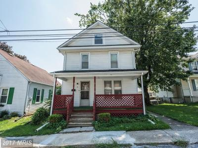 Westminster Single Family Home For Sale: 4 Ward Avenue