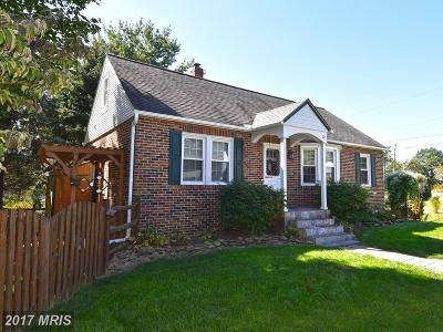 Mount Airy Single Family Home For Sale: 110 Fairview Avenue