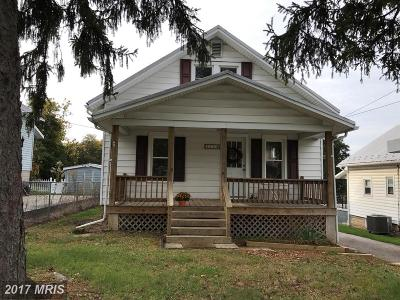 Single Family Home For Sale: 3904 Littlestown Pike