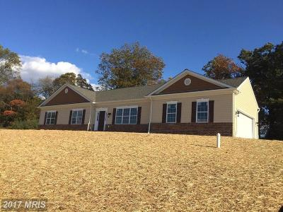 Eldersburg Single Family Home For Sale: 1941 Guenivere Drive