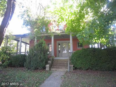 New Windsor Single Family Home For Sale: 205 Church Street