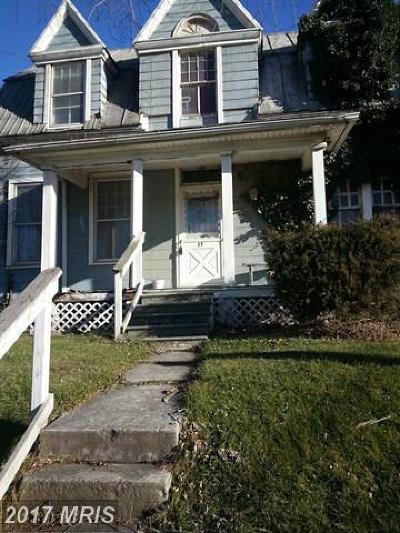 Single Family Home For Sale: 27 Farquhar Street