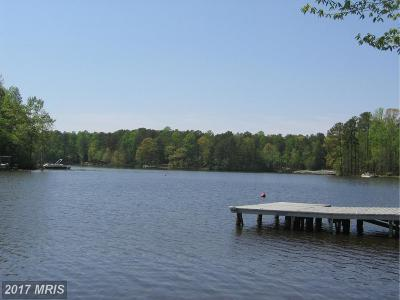 Caroline Single Family Home For Sale: 528 Lake Caroline Drive