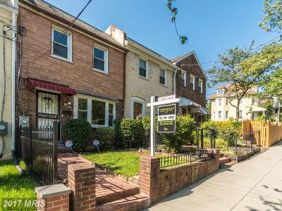 Washington Condo For Sale: 2205 Douglas Street NE