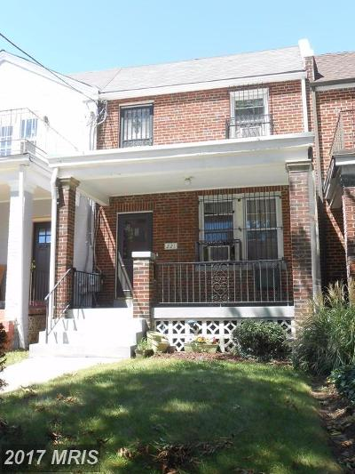 Multi Family Home For Sale: 221 Gallatin Street NW