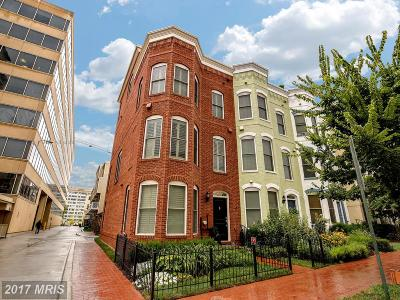 Townhouse For Sale: 1115 4th Street SE