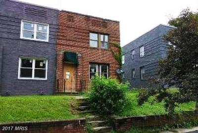 Multi Family Home For Sale: 402 Newcomb Street SE