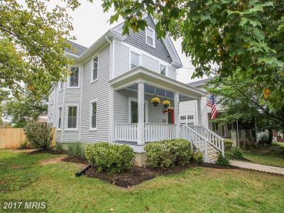Woodridge Single Family Home For Sale: 3400 22nd Street NE