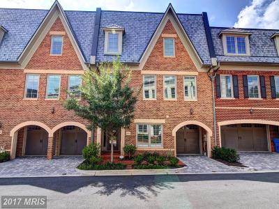 Washington Townhouse For Sale: 4542 Westhall Drive NW