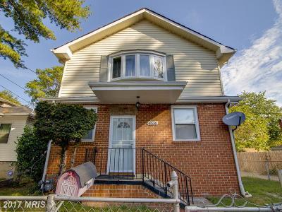 Washington Single Family Home For Sale: 4536 Dix Street NE