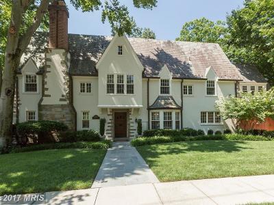Washington Single Family Home For Sale: 2930 Woodland Drive NW