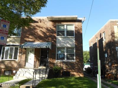 Single Family Home For Sale: 522 Nicholson Street NE