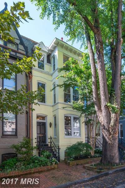 Washington Condo For Sale: 3014 Cambridge Place NW