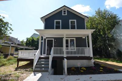 Washington Single Family Home For Sale: 5715 Clay Street NE
